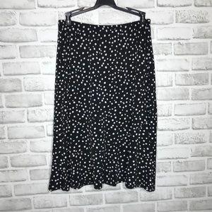 🎉5 for $25🎉 Kim Rogers Polka Dot Skirt